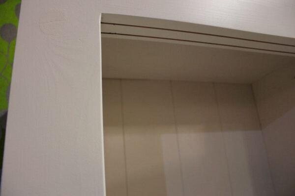 Buffetkast wit Erik. Buffetkast of vitrinekast op maat gemaakt van eiken en in de kleur wit gespoten. Deze maatwerk buffetkast is gemaakt in de Meubelmakerij van Sessink Wonen. Andere kleuren, andere afmetingen en andere modellen zijn mogelijk.