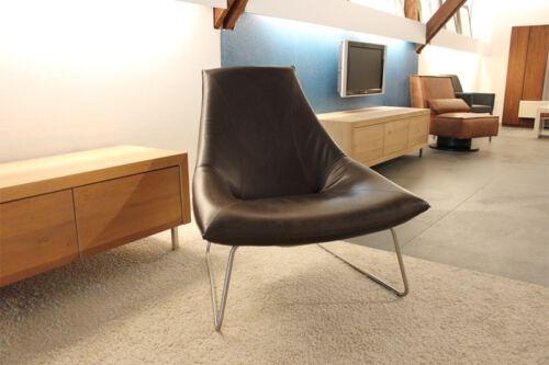 Jess design lederen fauteuil Beal. Showmodel aanbieding sale! Ervaar het zitcomfort in onze Woonwinkel Sessinkwonen te Gendt, regio Nijmegen.
