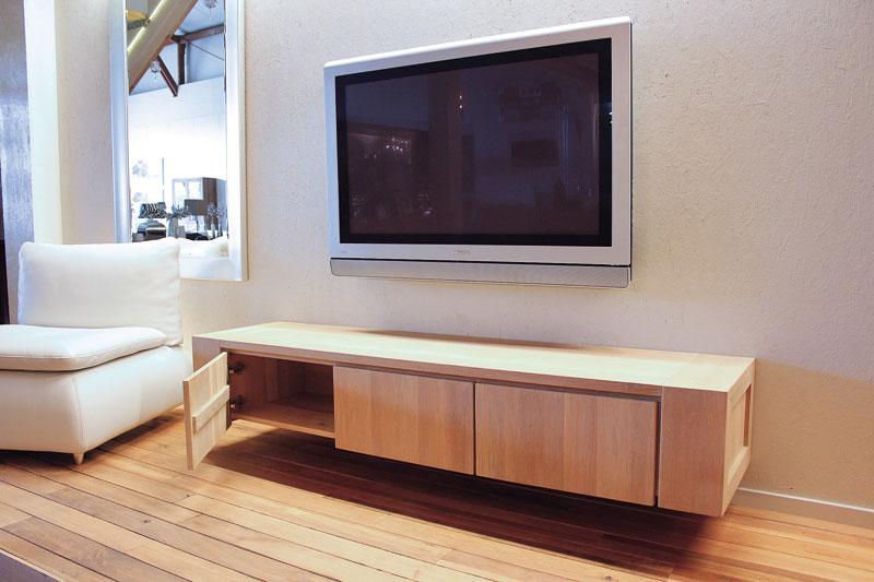 Tv Kast Hangend : Hangend eiken tv meubel jorn meubelmakerij kasten op maat