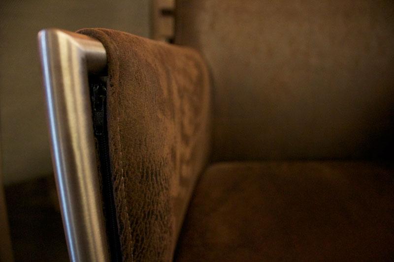 Het Anker eetkamerstoel Laura. Nieuwe eetkamerstoelen, projectstoelen of barkrukken nodig? Kom inspiratie opdoen in onze Woonwinkel.