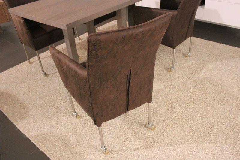 Eetkamer stoelen uit de collectie en in de uitverkoop. Afhalen voor een scherpe prijs! Bezoek onze Woonwinkel Sessink Wonen te Gendt en ervaar het zitcomfort van deze stoel Tom.