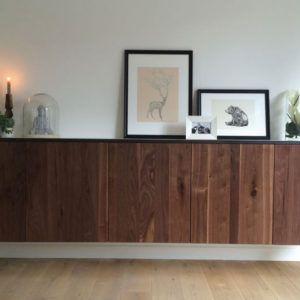 Dressoir eiken op maat gemaakt. Diverse afmetingen, indelingen en kleuren mogelijk. Een nieuw meubel op maat nodig? Kom inspiratie opdoen in onze Woonwinkel te Gendt, tussen Arnhem en Nijmegen.