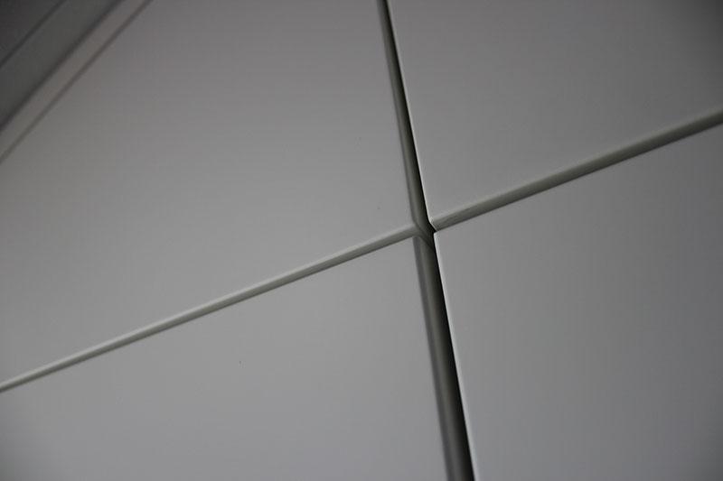 MDF kast op maat. Diverse afmetingen, indelingen en kleuren mogelijk. Een nieuwe kast nodig? Kom inspiratie opdoen in onze Woonwinkel te Gendt, tussen Arnhem en Nijmegen.