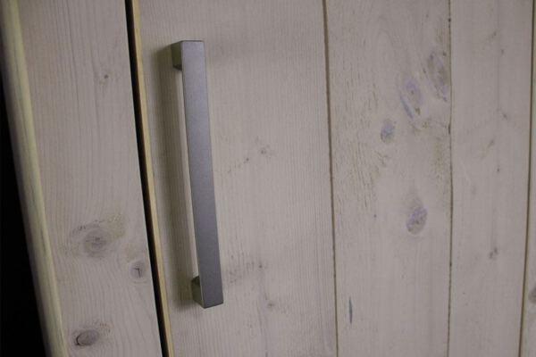 Slaapkamer meubel op maat. Diverse afmetingen, indelingen en kleuren mogelijk. Een nieuwe kast nodig? Kom inspiratie opdoen in onze Woonwinkel te Gendt, tussen Arnhem en Nijmegen.