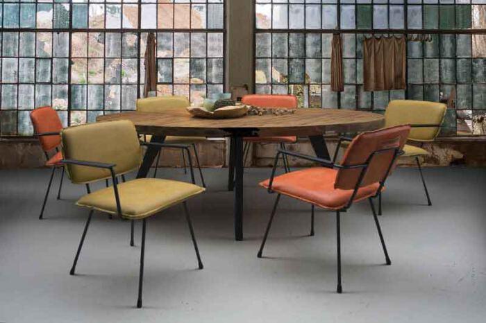 Eetkamer stoel Cactus van leverancier het Anker. Diverse afmetingen en kleuren mogelijk. Een nieuwe bank? Kom inspiratie opdoen in onze Woonwinkel te Gendt, tussen Arnhem en Nijmegen.