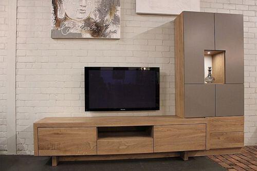 Eiken & MDF TV meubel. Op zoek naar een TV meubel op maat? Wij maken UW TV KAST OP MAAT > Bezoek onze WOONWINKEL & MEUBELMAKERIJ > GENDT NL Nijmegen > Arnhem