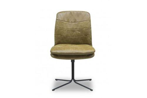 Stoel Leona van onze leverancier Het Anker. Comfortabele stoel en leverbaar in verschillende stoffen en kleuren. Een nieuwe eetkamer stoel nodig? Kom inspiratie opdoen in de Woonwinkel & Meubelmakerij van Sessink Wonen te Gendt, gelegen tussen Arnhem en Nijmegen.