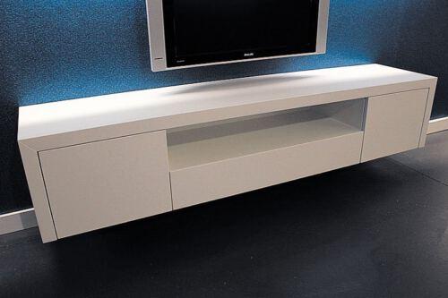 Zwevend tv meubel Jose 200. Op zoek naar een mooi hangend MDF tv meubel? Wij maken uw tv-meubel op maat! Kom inspiratie opdoen in onze Woonwinkel Meubelmakerij te Gendt regio Nijmegen.