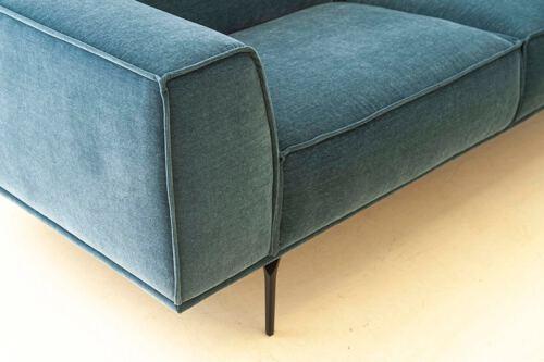 Zitbank Stratos van leverancier het Anker. Diverse afmetingen en kleuren mogelijk. Een nieuwe zitbank? Kom inspiratie opdoen in onze Woonwinkel te Gendt, tussen Arnhem en Nijmegen. Ervaar het zitcomfort!