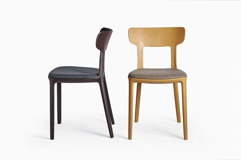 Infiniti eetkamerstoel Canova, ontworpen door Claus Breinholt. Nieuwe eetkamer stoelen of project stoelen nodig? Kom inspiratie opdoen in onze WOONWINKEL & MEUBELMAKERIJ Gendt Gelderland.