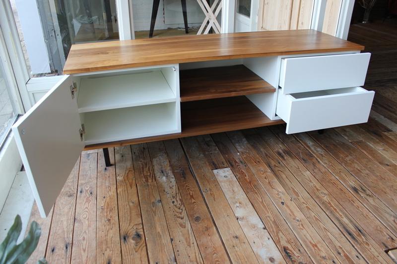 Noten MDF TV meubel Jos. Op zoek naar een mooi eiken tv-meubel. Wij maken uw tv-meubel op maat! Kom inspiratie opdoen in onze Woonwinkel te Gendt tussen Arnhem en Nijmegen.